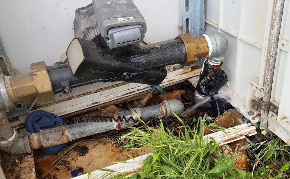 מי מחבל במערכות הגינון בצפת? תלונה הוגשה במשטרה