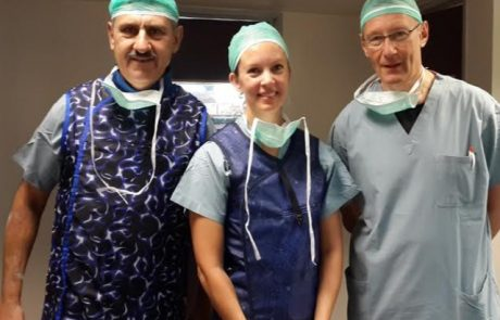 להם יש את להקת אבבא לנו את המחלקה האורטופדית בצפת – רופאה בכירה משבדיה הגיעה להתמחות