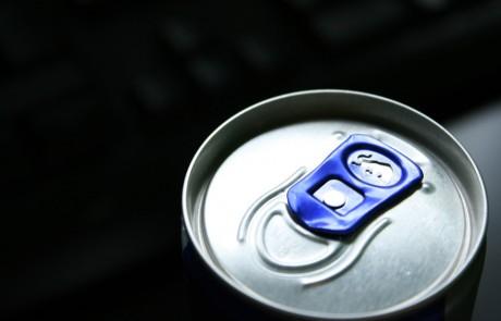 מקרה נדיר:  ערבב משקה אנרגיה עם נוזל לדלק והתעוור