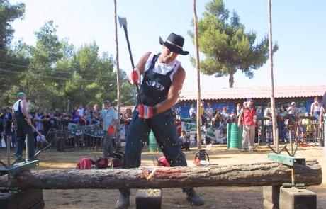 קאונטרי מקומי: מי יהיה איש היער הישראלי? חגיגת קאונטרי ישראלית: ביום שישי, 13 במאי, בחוות בת יער שבלב יער בי