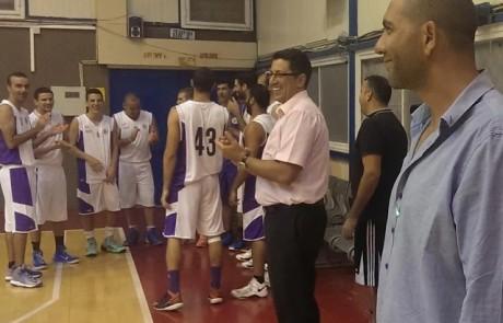 בלוף או ספורט: האם קבוצת הכדורסל בצפת היא תוצר של ברירת מחדל שנועדה לרצות את החילונים?