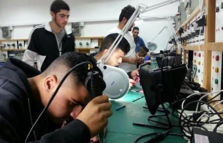 יש מקצוע – יש עבודה: 20 כיתות לימוד לנוער במכללה לטכנולוגיה ומדעים בחצור הגלילית