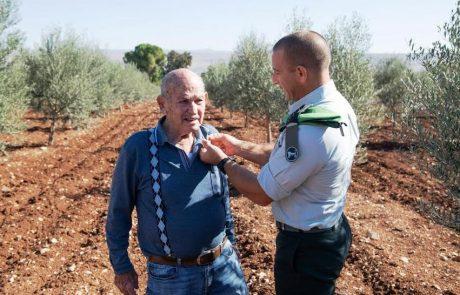 """קצין האג""""ם מדרבן את חייליו בסיפורי הגבורה של סבו מצפת"""