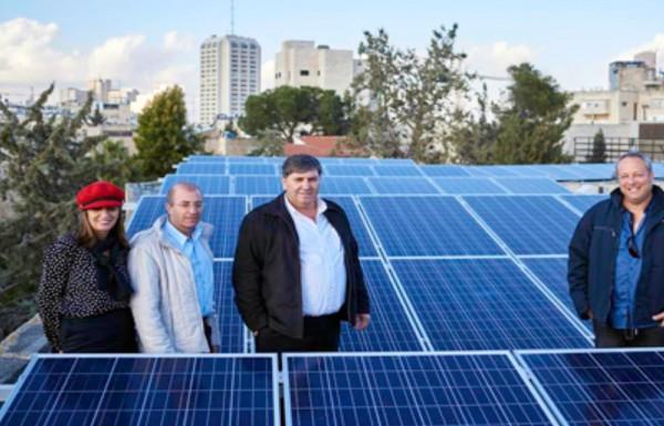 מערכות אנרגיה סולארית יותקנו בשלושה מבנים בצפת – מיזם משותף לקקל ולמשרד האנרגיה
