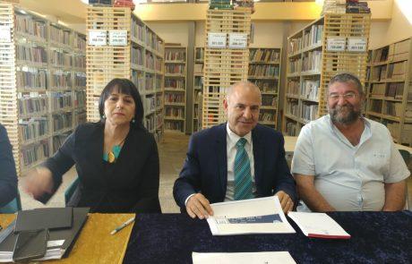 """סיור חינוכי בגולן: מנכ""""ל משרד החינוך ומנהלת המחוז ביקרו במוסדות החינוך"""