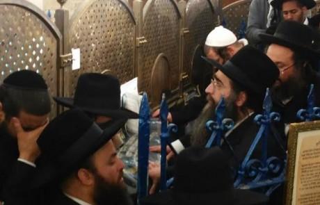 """משתחרר: הרב פינטו יגיע היישר מכלא ניצן להכנסת ספר תורה בקבר הרשב""""י במירון"""