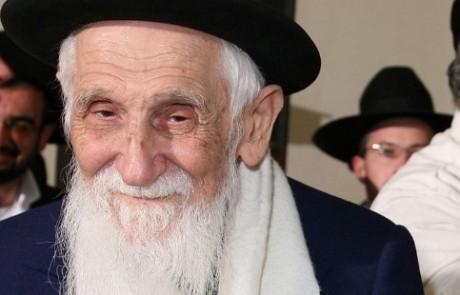 הובא למנוחות הרב שלוש רבה של נתניה – אביהם של הרבנית דיין והרב שלמה שלוש מצפת