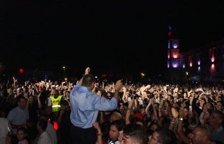 פסטיבל הכלייזמרים בצפת: שיא הקהל נשבר במופע הנעילה של עומר אדם