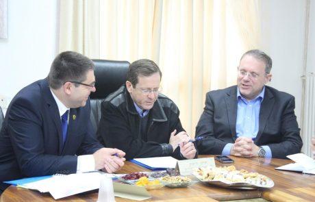 """אוחנה נפגש עם הרצוג: """"הרחבת פעילות הסוכנות היהודית בצפת חשובה לפיתוח העיר"""""""