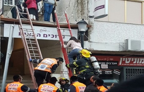 המלון הבוער: עשרות אורחים חולצו ממלון המצודה בצפת – 16 נפגעו קל