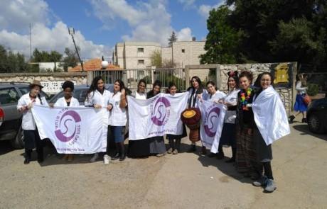 """חסדי פורים: מתנדבות מארגון חסדי שבתאי חלקו משלוח מנות במרכז הרפואי """"זיו"""""""