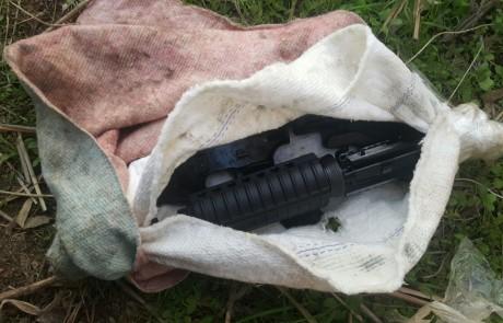 במשטרה ממשיכים בפעילות לאיתור נשק – רובה אוטומטי נתפס בנהר הירדן בטובא מטען