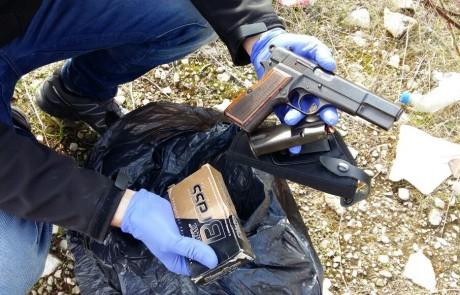 נלחמים באמצעי הלחימה: מעל 400 רובים ורימונים נתפסו בצפון ב-2016