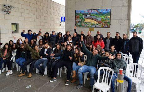 דו קיום ברכבת: יצירת אומנות משותפת ליהודים וערבים בתחנה בכרמיאל