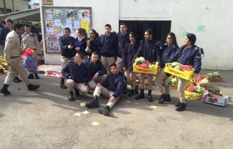 שוחרי חיל האוויר בחצור למען הקהילה – ארזו משלוחי מזון למשפחות נזקקות