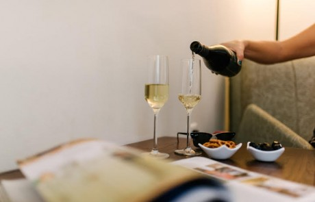 """יין כדרך הטבע : השילוב המושלם של יין פוייקה וטבע ב – """"הגושרים מלון בטבע"""""""