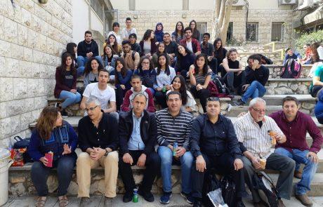 זעפרני מנהל הרב תחומי בצפת יוצא למסע בפולין עם משלחת רב תרבותית הכוללת תלמידים יהודים וערבים