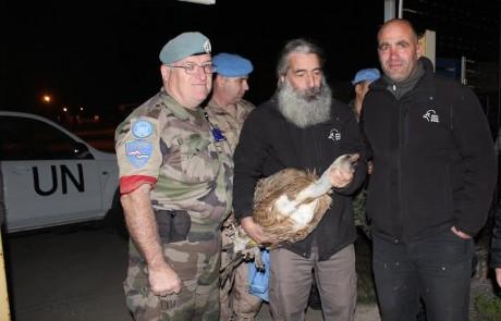 """סוף טוב: בהתערבות האו""""ם שוחרר הנשר שנחשד ע""""י הלבנונים בריגול"""