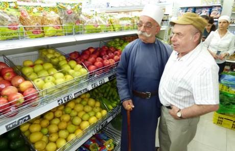 """במעמד יו""""ר הסוכנות היהודית נתן שרנסקי נחנך הסניף הצפוני הראשון של רשת המזון החברתית 'צרכניית העיר'"""