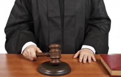 קשישה מצפת שוכנעה לתת במתנה את דירתה לבן השכנים – בית המשפט המחוזי השיב לה בחזרה את הנכס