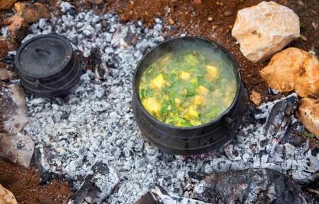 """תתחילו לבשל: יקב הרי גליל מזמין את חובבי היין והתבשיל, לתחרות """"אלופי הפויקה"""""""
