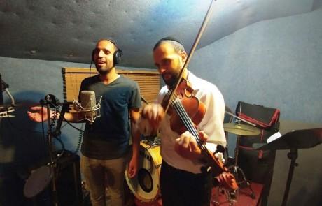 מכל הלב: אלבום בכורה לזמיר הצפתי יקיר כהן