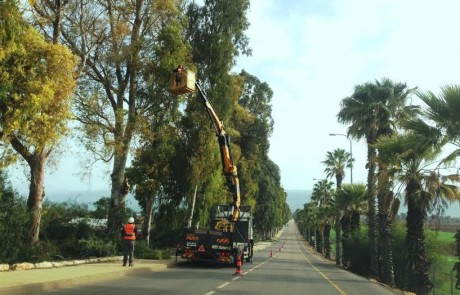 החלו עבודות שיקום ואחזקה בכביש הכניסה למועצה המקומית יסוד המעלה